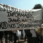 Más de 300 jóvenes exigen democratización de los medios