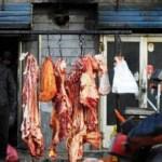 """""""Zhang Yongming es un monstruo caníbal"""", comentaron algunos aldeanos citados por el portal de internet, agregando que habían visto bolsas de plástico verde colgando delante de su casa, dentro de las cuales podían verse osamentas."""
