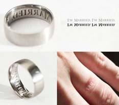 Para los ojo alegre, ya salió el anillo «anti-infidelidad»