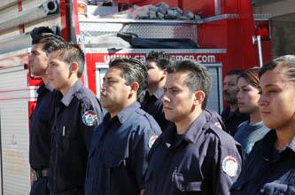 Recaudan  bomberos sanluqueños fondos para asistir a competencia internacional