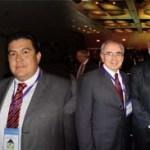 El M. en C. Gustavo Rodolfo Cruz Chávez, Rector de la UABCS, acompañado por el Ing. Carlos Slim, el Dr. José Ángel Córdova, Secretario de Educación Pública, y el Ing. Luis Eduardo Zedillo Ponce de León, Director General del Consejo para la Acreditación de la Educación Superior, A.C.