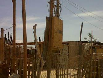 Corta CFE la energía eléctrica en Caribe Bajo