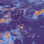 """""""Fabio"""" alcanzó la categoría de huracán en las últimos minutos del viernes y tiene vientos de 145 kilómetros por hora. Su centro se ubica a 853 kilómetros al suroeste de Baja California Sur."""