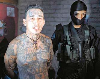 Los Zetas y los Beltrán Leyva mantienen nexos con bandas salvadoreñas para el trasiego de droga desde Centroamérica.