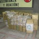 Personal de la II Región Militar y la 3/a. Zona Militarse localizaron 833 paquetes de mariguana con un peso aproximado de dos toneladas 413 kilos 500 gramos.