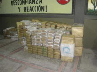 Aseguran militares más de dos toneladas de mariguana