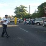 Con motivo del regreso a clases para el periodo lectivo 2012-2013, la Dirección de Seguridad Pública, Policía Preventiva y Tránsito Municipal, reanudó sus operativos de vigilancia y auxilio vial en las escuelas ubicadas tanto en la ciudad de La Paz, como en las delegaciones