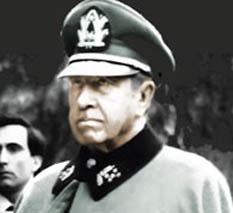 Miles de archivos, hasta hora inéditos, demuestran el modus operandi de la red de espionaje y abusos que tejió la policía represora de la DINA durante la dictadura chilena.