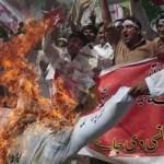 Sigue la ira. Al Qaeda llamó de nueva cuenta a los musulmanes a asesinar diplomáticos estadunidenses en venganza por la película que ridiculiza al profeta Mahoma.