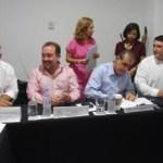 El senador de la república, Ricardo Barroso Agramont, quien también acudió a presenciar este evento, reconoció a los desarrolladores, quienes se están sumando a este trabajo que beneficiará al municipio y será un ejemplo para todo el estado.