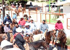 Con cabalgata festejan a San Lucas Evangelista