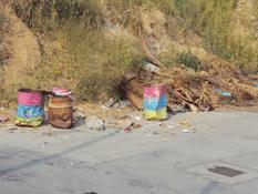 Con campanas anunciarán su paso camiones de basura