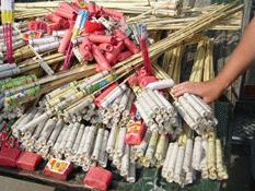Sólo 5 negocios autorizados para vender cohetes