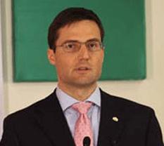 Sugieren fichar judíos en Hungría
