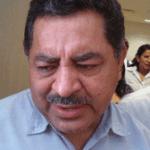 El Secretario de Educación Pública en el estado, Alberto Espinoza Aguilar.