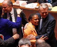 Legaliza Francia unión gay