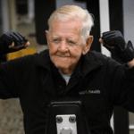 Ray Clark de 102 años.