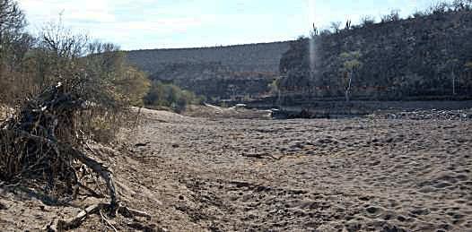 300 mdp del FONDEN para obras de retención de agua