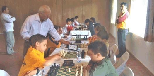 Ofrecerá exhibición campeonísimo de ajedrez