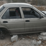 Los agentes de la unidad SP57 hallaron el Nissan de don Sergio embancado sobre bloques de cemento