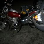 En el cruce de Forjadores y Bahía La Paz, quedaron esparcidos restos tanto de la motocicleta como del Platina