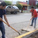 Los trabajos de limpieza se iniciaron en forma inmediata a través del boulevard Agustín Olachea Avilés