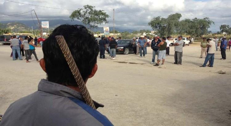 El desfile impidió a la policía apoyar en La Ballena