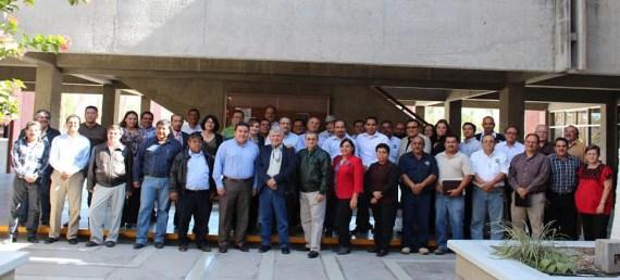 Rector UABCS y colaboradores