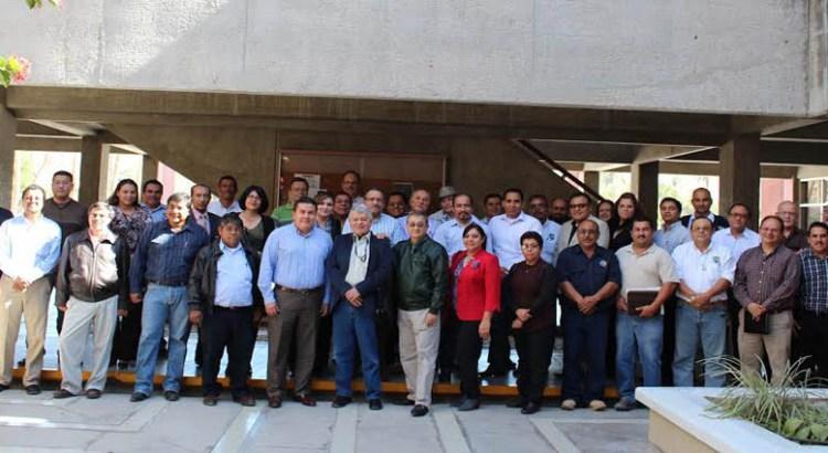 Se reunió el Rector Cruz Chávez con su equipo de colaboradores