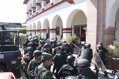 Fuerzas federales resguardan Apatzingán