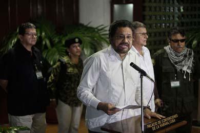 Anuncian las FARC fin de alto al fuego