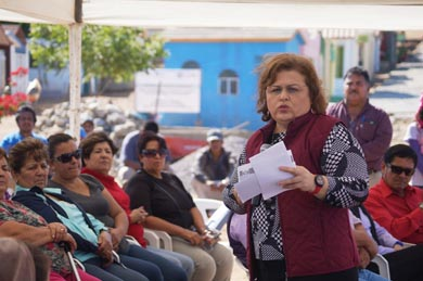 Supervisa Alcaldesa obras en El Pescadero