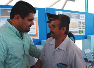 Promete Alcalde aires acondicionados a escuelas de Miramar