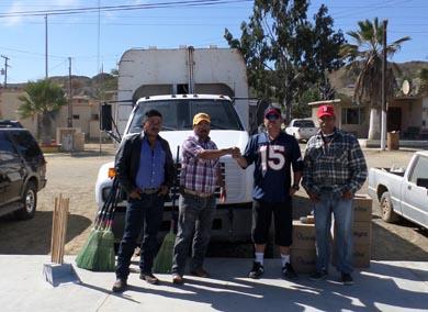 Entregan camión recolector de basura a Bahía Tortugas