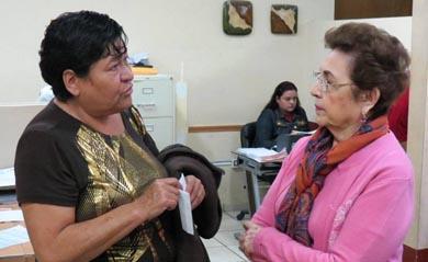 Atiende Presidenta del DIF a ciudadanos cotidianamente