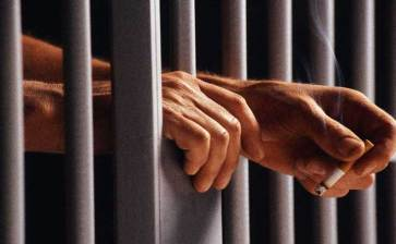 A prisión por dos violaciones