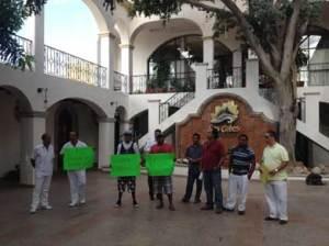 manifestaron en el palacio municipal