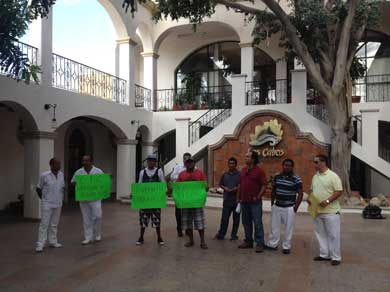 Otra manifestación en Palacio Municipal