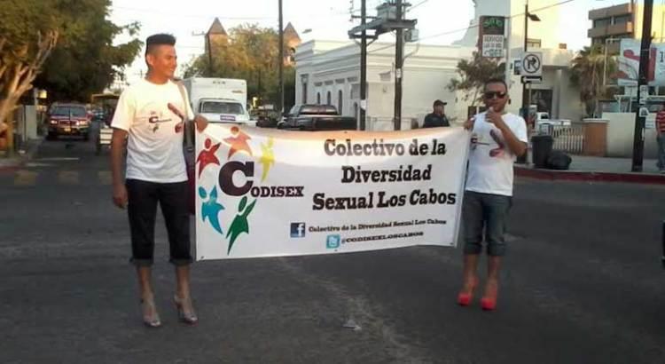 Se ampararán miembros de la comunidad lésbico-gay