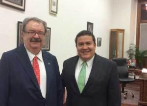 Rector Gustavo Rodolfo Cruz Chávez,