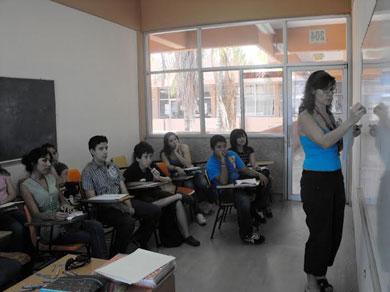 Convoca la UABCS a cursos de lenguas extranjeras