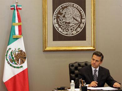 Se reunirá Peña Nieto con familiares de normalistas