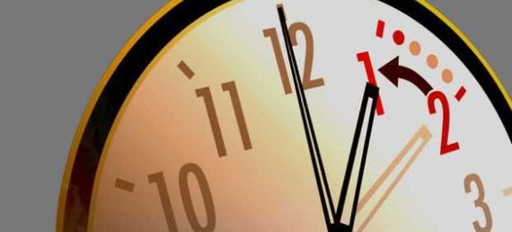 La noche del sábado, los relojes deber ser atrasados una hora, para amanecer el domingo con el nuevo horario.