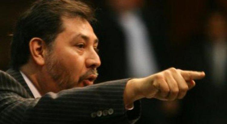 Fernández Noroña en la prepa Morelos