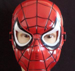 Asaltó un OXXO disfrazado de Spiderman