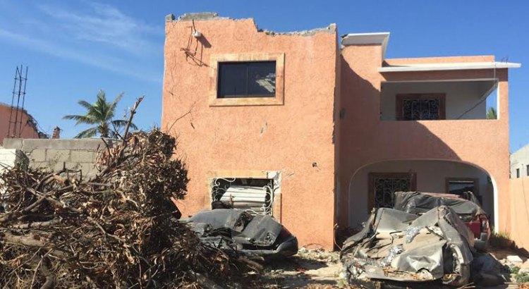 Pide familia que Telmex pague los daños de su casa