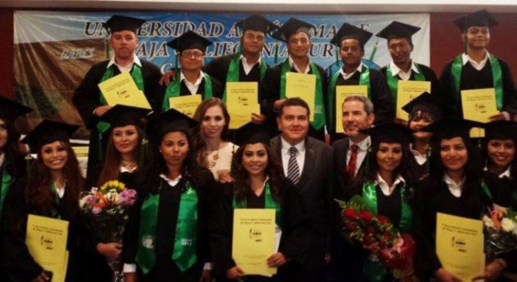 67 nuevos graduados de la UABCS Los Cabos