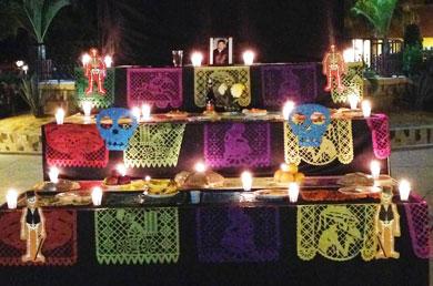 Dedican altar de muertos al profesor Ramón Romero
