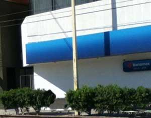 Murió electrocutado trabajador en el techo de un banco