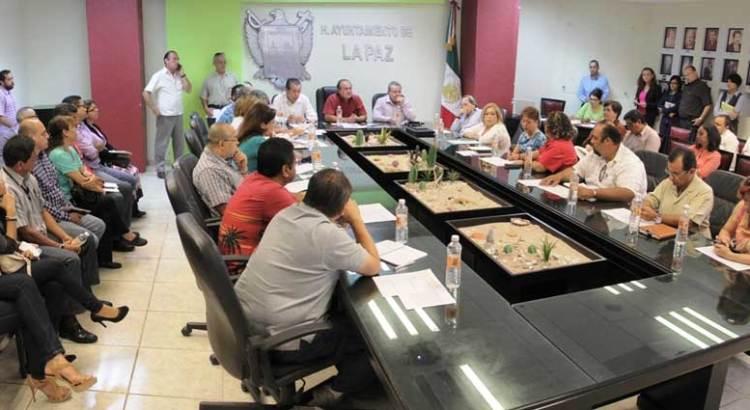 Avanza entrega-recepción en el XIV Ayuntamiento de La Paz.
